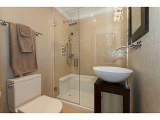 Photo 10: 716 E 29TH Street in North Vancouver: Princess Park House for sale : MLS®# V1136834