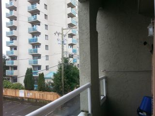 "Photo 2: 305 5520 JOYCE Street in Vancouver: Killarney VE Condo for sale in ""CAMFRAY GARDENS"" (Vancouver East)  : MLS®# R2023211"