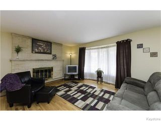 Photo 2: 7 Shakespeare Bay in Winnipeg: Westwood / Crestview Residential for sale (West Winnipeg)  : MLS®# 1606738