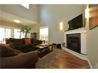 Photo 3: 2387 Chilco Rd in VICTORIA: VR Six Mile House for sale (View Royal)  : MLS®# 726989