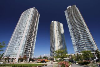 "Photo 2: 2806 13688 100TH Avenue in Surrey: Whalley Condo for sale in ""Park Place One"" (North Surrey)  : MLS®# R2054021"