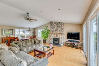 Photo 5: 384 WALKER Street in Coquitlam: Coquitlam West House for sale : MLS®# R2070341