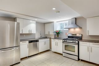 Photo 15: 384 WALKER Street in Coquitlam: Coquitlam West House for sale : MLS®# R2070341
