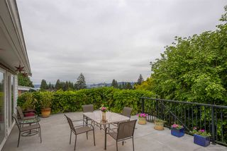 Photo 19: 384 WALKER Street in Coquitlam: Coquitlam West House for sale : MLS®# R2070341