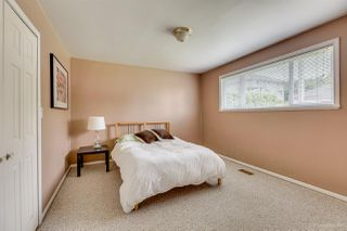 Photo 13: 384 WALKER Street in Coquitlam: Coquitlam West House for sale : MLS®# R2070341