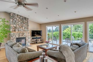 Photo 3: 384 WALKER Street in Coquitlam: Coquitlam West House for sale : MLS®# R2070341