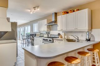 Photo 10: 384 WALKER Street in Coquitlam: Coquitlam West House for sale : MLS®# R2070341