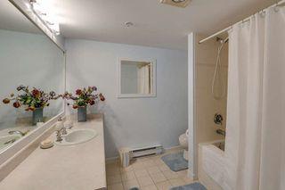 Photo 13: 304 9962 148 Street in Surrey: Guildford Condo for sale (North Surrey)  : MLS®# R2080305