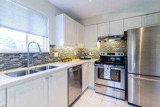 """Photo 8: 302 2620 JANE Street in Port Coquitlam: Central Pt Coquitlam Condo for sale in """"JANE GARDEN"""" : MLS®# R2115110"""