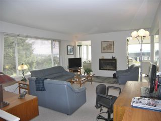 """Photo 7: 1011 PARKER Street: White Rock House for sale in """"White Rock"""" (South Surrey White Rock)  : MLS®# R2138589"""