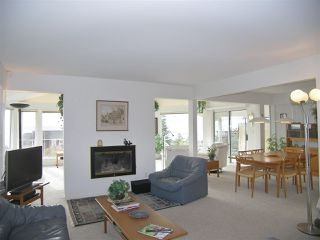 """Photo 5: 1011 PARKER Street: White Rock House for sale in """"White Rock"""" (South Surrey White Rock)  : MLS®# R2138589"""