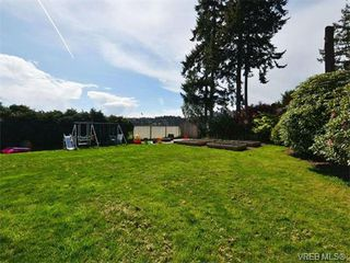 Photo 15: 621 Eiderwood Place in VICTORIA: Co Wishart North Single Family Detached for sale (Colwood)  : MLS®# 374865