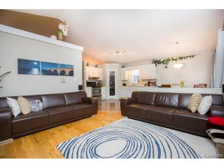 Photo 9: 3 Kendale Drive in Winnipeg: Richmond West Residential for sale (1S)  : MLS®# 1704530