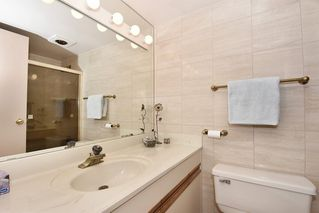 "Photo 11: 305 1220 W 6TH Avenue in Vancouver: Fairview VW Condo for sale in ""ALDER BAY PLACE"" (Vancouver West)  : MLS®# R2147326"