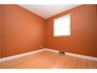 Photo 7: 381 Melbourne Avenue in Winnipeg: East Kildonan Residential for sale (3D)  : MLS®# 1708621