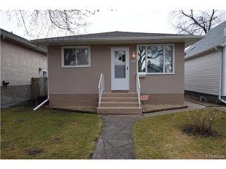 Photo 1: 381 Melbourne Avenue in Winnipeg: East Kildonan Residential for sale (3D)  : MLS®# 1708621