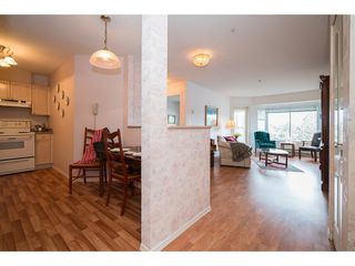 Photo 2: 435 33173 OLD YALE ROAD in Abbotsford: Central Abbotsford Condo for sale : MLS®# R2158027