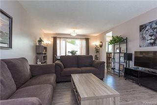 Photo 4: 70 Laurel Bay in Winnipeg: Garden City Residential for sale (4G)  : MLS®# 1714716