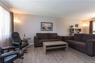 Photo 2: 70 Laurel Bay in Winnipeg: Garden City Residential for sale (4G)  : MLS®# 1714716