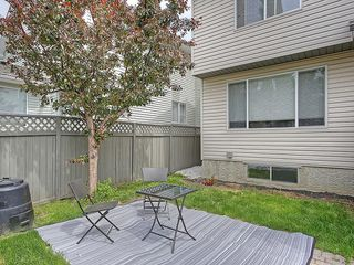 Photo 7: 78 DOUGLAS WOODS Gardens SE in Calgary: Douglasdale/Glen House for sale : MLS®# C4121688