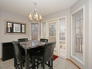 Photo 17: 78 DOUGLAS WOODS Gardens SE in Calgary: Douglasdale/Glen House for sale : MLS®# C4121688