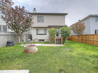 Photo 4: 78 DOUGLAS WOODS Gardens SE in Calgary: Douglasdale/Glen House for sale : MLS®# C4121688
