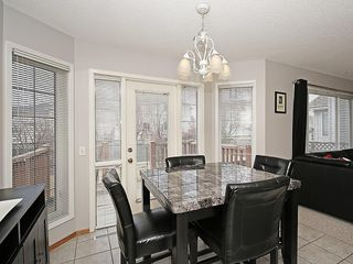 Photo 18: 78 DOUGLAS WOODS Gardens SE in Calgary: Douglasdale/Glen House for sale : MLS®# C4121688