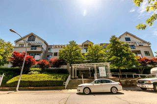 """Photo 1: 402 20268 54 Avenue in Langley: Langley City Condo for sale in """"BRIGHTON PLACE"""" : MLS®# R2184613"""