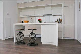 Photo 5: 130 Rusholme Rd Unit #602 in Toronto: Dufferin Grove Condo for sale (Toronto C01)  : MLS®# C3869468