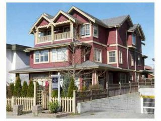 Main Photo: 257 E 13th Ave. in Vancouver: Mount Pleasant VE Townhouse for sale (Vancouver East)  : MLS®# V926241