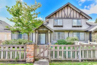 "Photo 1: 44 15868 85 Avenue in Surrey: Fleetwood Tynehead Townhouse for sale in ""Chestnut Grove"" : MLS®# R2200269"