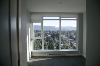 "Photo 6: 2107 520 COMO LAKE Avenue in Coquitlam: Coquitlam West Condo for sale in ""THE CROWN"" : MLS®# R2206369"