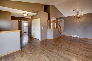 Photo 3: 152 ARBOUR RIDGE Circle NW in Calgary: Arbour Lake House for sale : MLS®# C4137863