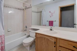 Photo 18: 152 ARBOUR RIDGE Circle NW in Calgary: Arbour Lake House for sale : MLS®# C4137863