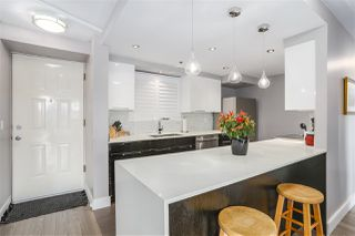 Photo 2: 303 212 DAVIE STREET in Vancouver: Yaletown Condo for sale (Vancouver West)  : MLS®# R2201073