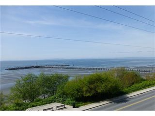 Photo 1: 301 15165 MARINE Drive in South Surrey White Rock: Home for sale : MLS®# F1413950