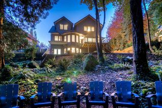 Photo 1: 303 CAPE HORN Place in Coquitlam: Coquitlam East House for sale : MLS®# R2217260