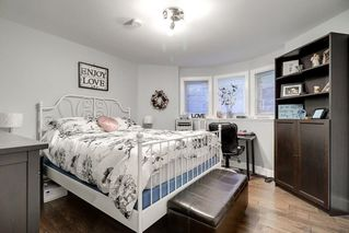 Photo 16: 303 CAPE HORN Place in Coquitlam: Coquitlam East House for sale : MLS®# R2217260