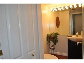 """Photo 8: 31 1225 BRUNETTE Avenue in Coquitlam: Maillardville Townhouse for sale in """"PLACE FOUNTAINEBLEAU"""" : MLS®# R2242735"""