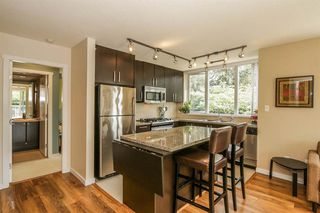 Photo 3: 301 651 NOOTKA Way in Port Moody: Home for sale : MLS®# R2107541