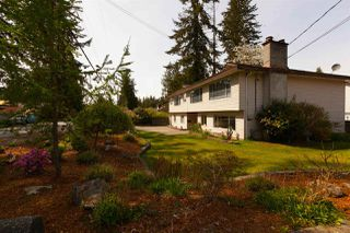 Photo 2: 19707 46 Avenue in Langley: Langley City House for sale : MLS®# R2261410