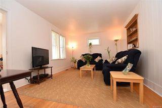 Photo 3: 19 Sherwood Place in Winnipeg: St Vital Residential for sale (2D)  : MLS®# 1812341