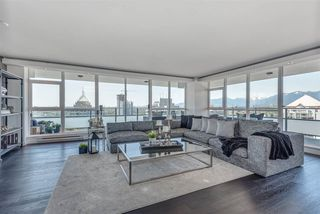 """Photo 3: 2601 4400 BUCHANAN Street in Burnaby: Brentwood Park Condo for sale in """"MOTIF AT CITI"""" (Burnaby North)  : MLS®# R2269218"""