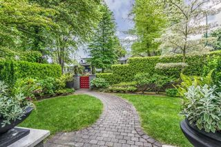 Photo 2: 3893 W 14TH Avenue in Vancouver: Point Grey House for sale (Vancouver West)  : MLS®# R2270836