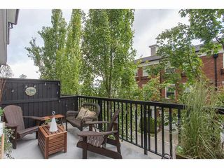 "Photo 19: 38 11067 BARNSTON VIEW Road in Pitt Meadows: South Meadows Townhouse for sale in ""COHO"" : MLS®# R2279856"