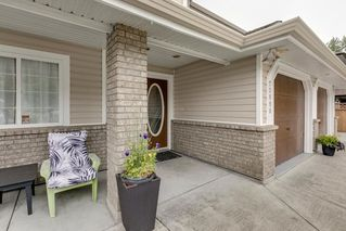 Main Photo: 23890 118A Avenue in Maple Ridge: Cottonwood MR House for sale : MLS®# R2303830
