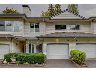 "Photo 2: 52 21579 88B Avenue in Langley: Walnut Grove Townhouse for sale in ""Carriage Park"" : MLS®# R2305558"