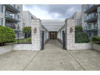 """Main Photo: 407 32075 GEORGE FERGUSON Way in Abbotsford: Abbotsford West Condo for sale in """"Arbour Court"""" : MLS®# R2308046"""