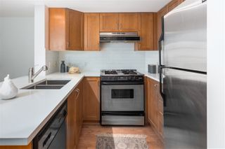 "Photo 11: 306 2161 W 12TH Avenue in Vancouver: Kitsilano Condo for sale in ""The Carlings"" (Vancouver West)  : MLS®# R2319744"
