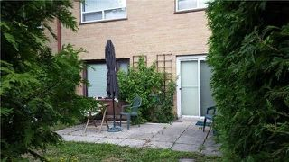 Photo 8: 33 Broadpath Road in Toronto: Banbury-Don Mills Condo for sale (Toronto C13)  : MLS®# C4294149